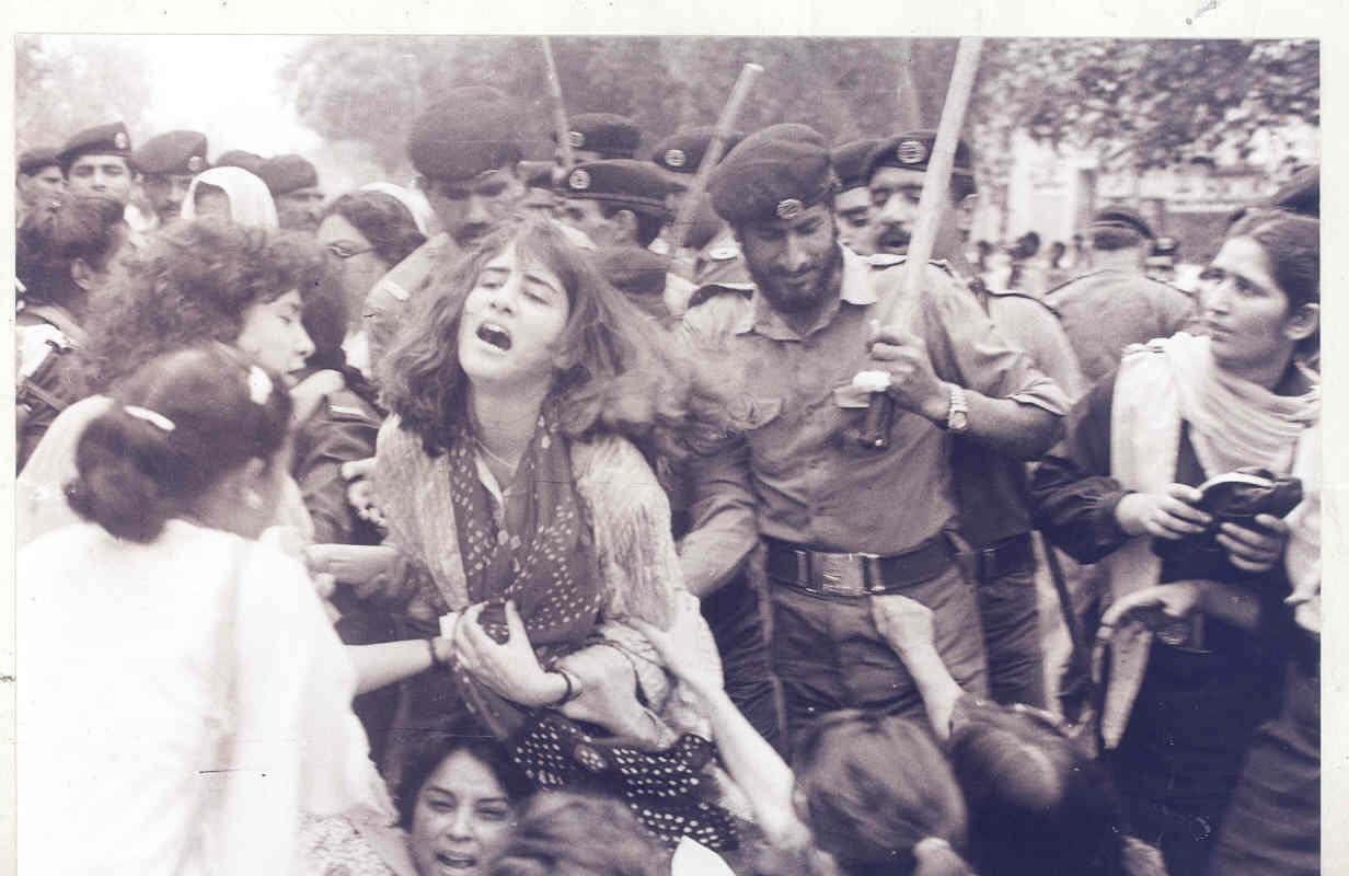 Lahore, Feb 12, 1983: Police brutality on the women's demonstration against the 'Law of Evidence' catapulted the nascent women's movement into the limelight. Photo: Rahat Ali Dar