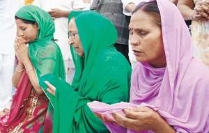 Sarabjit Singh's family prays for his soul