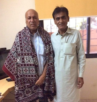 """Nanaji"" Konchadhi Vasant Pai in the ajrak from  the Soomros: ""Friendship is a precious gift"""