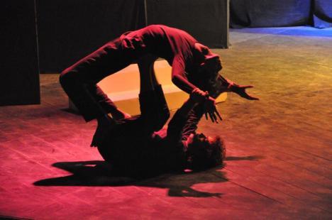 "Azad Theatre: ""Dafa 292"" on Sadat Hassan Manto, directed Malik Aslam"