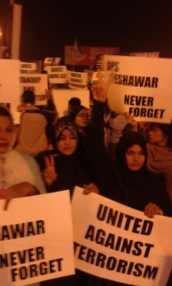 Jan 16, Karachi vigil: Mehrin Kauser from Quetta who lost her mother and sister in the Mastung bus blast , Jan 2014
