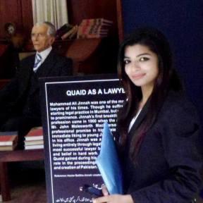 Zeenat-%22Quaid and daughter of Quaid%22 2014