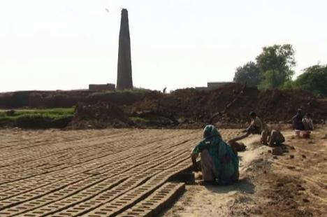 Brick kiln-Shehryar Warraich:News Lens-2015